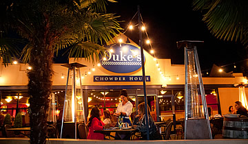 Dukes-Chowder-House-green-lake-Exterior-2