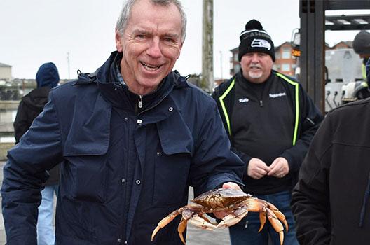 Duke with crab at Westport